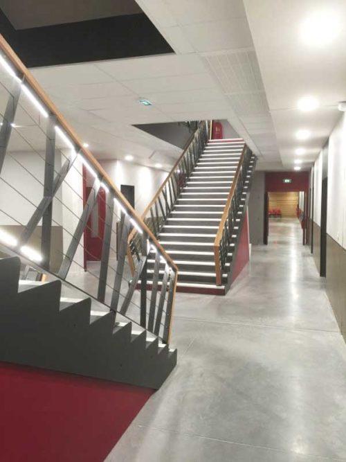 Collège Jules Ferry Roanne Keops escalier intérieur 1
