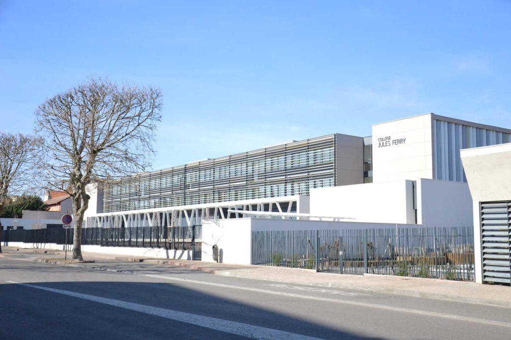 Collège Jules Ferry Roanne Keops extérieur 3