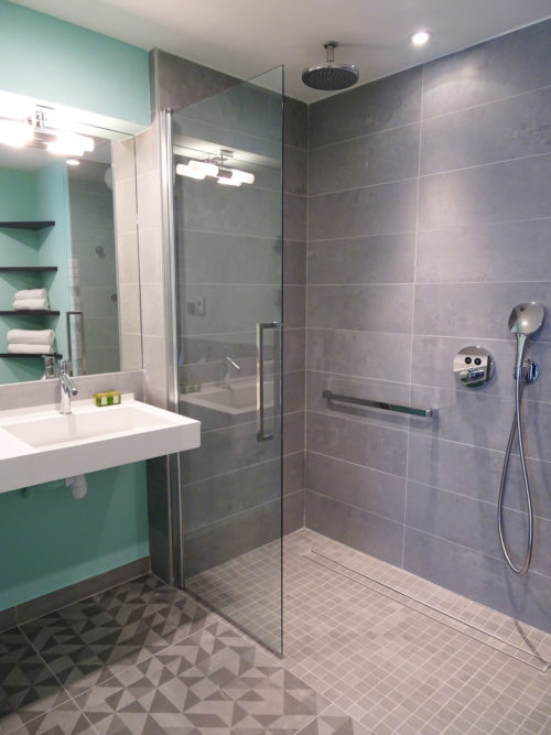 Salle de bain design Roanne