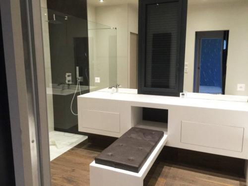 Salle de bain moderne maison d'architectes