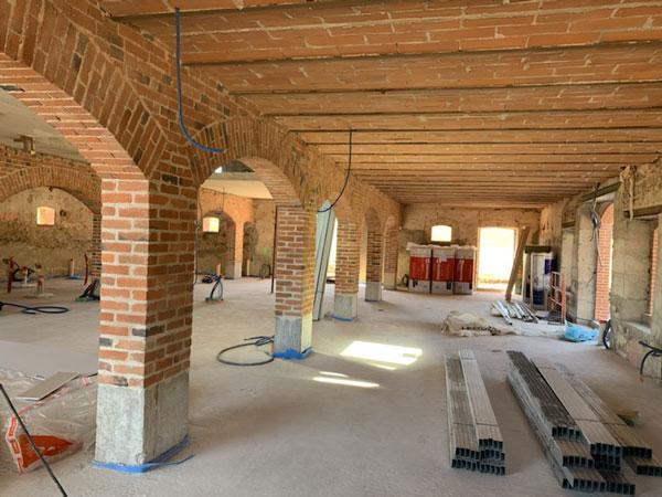 En cours - Construction d'un Club House au domaine de Champlong, Villerest